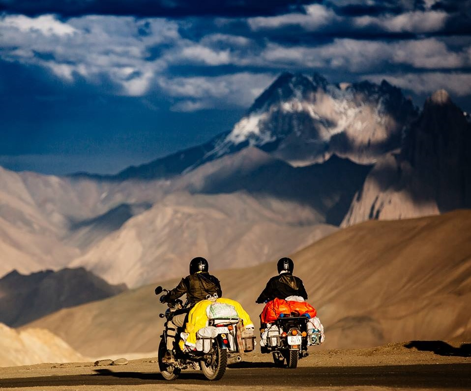 leh ladakh travel on motorbikes