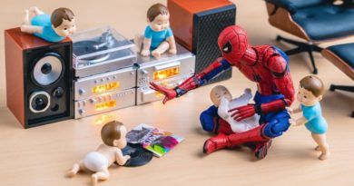 Toy Figures marvel