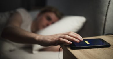 technology affects sleep