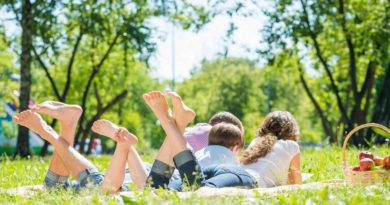 how to take care of feet in summer